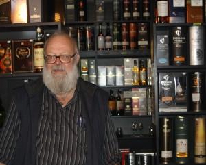 Otto Steudel ist Whiskyhändler und Whiskygenießer mit Leib und Seele.