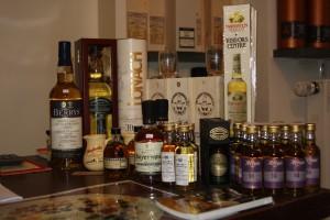 Klein aber fein - der Whisky Baron präsentiert sein Sortiment in einem wohnzimmerähnlichen Verkaufsraum