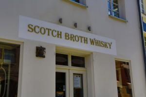 Scotch Broth Whisky und Whisky-Akademie in der Fürther Königstraße. (Foto: (c) A. Hertl)
