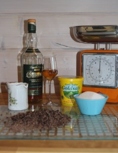 Zutaten für Whisky-Schoko-Fudge