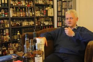 Der Nürnberger Whiskyexperte Bernhard Schäfer schätzt vor allem rauchige Islay-Whiskies.