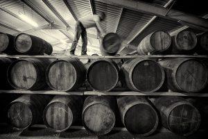Für die Reifung setzt die Wolfburn Distillery neben ex-Bourbon- und ex-Sherryfässern auch auf kleine Quartercasks. Foto: (c) Wolfburn Distillery